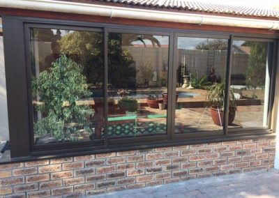 4 Panel sliding window closed position